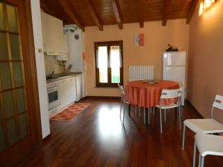 Cozy 2 bedroom Vacation Rental in San Colombano al Lambro - San Colombano al Lambro vacation rentals