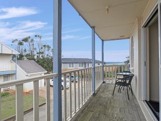 18 'Sandcastles', 23  Robinson Street - Anna Bay vacation rentals