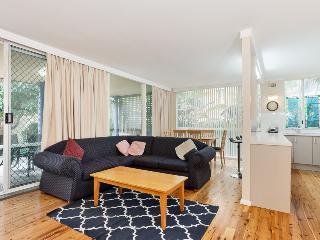 Nice 3 bedroom House in Shoal Bay - Shoal Bay vacation rentals