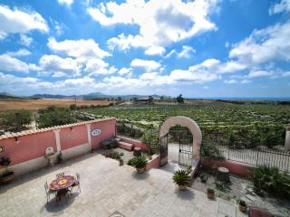 Bright 5 bedroom B&B in Agrigento with Deck - Agrigento vacation rentals