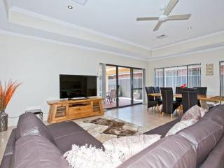 Beckenham house 2 - Greater Perth vacation rentals