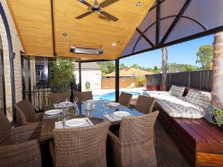 Salter Point House - Darling Downs vacation rentals