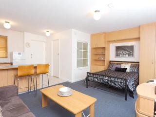 Perth Studio Apartment - Perth vacation rentals