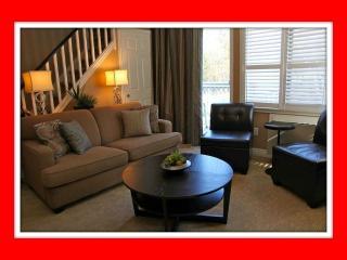 Fabulous 2 Bdrm, 2-Level Condo on Blue Mountain - Tiny vacation rentals