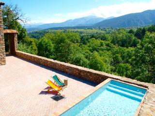 Eco Villa in the Pyrenees, close to Barcelona - Bellver de Cerdanya vacation rentals