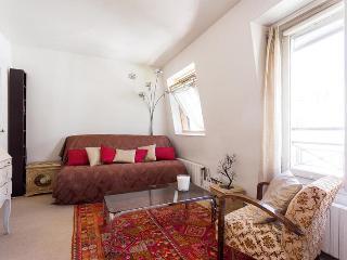 onefinestay - Rue de Clichy apartment - Paris vacation rentals