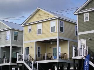 Beautiful 3 bedroom House in Garden City - Garden City vacation rentals