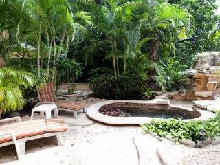 Villa Cascada - World vacation rentals