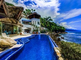 Spacious 4 bedroom Boca de Tomatlan Villa with Television - Boca de Tomatlan vacation rentals