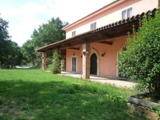 Bright 6 bedroom Villa in Senerchia - Senerchia vacation rentals
