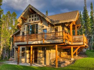 Escape to the mountains in this luxury ski-in, ski-out home! - Big Sky vacation rentals