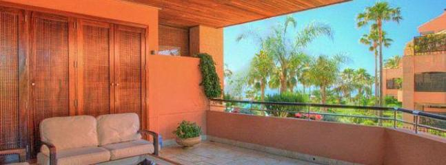 3 bed Malibu Puerto Banus 20697P - Image 1 - Marbella - rentals