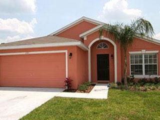 Lovely 5 Bedroom 3 Bathroom Pool Home Close To Disney. 221SC - Image 1 - Orlando - rentals