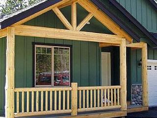 Bear Street Lodge, a forested oasis backs to govt. land - La Pine vacation rentals