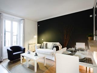 Latina Cubic Apartment - Barcelona vacation rentals