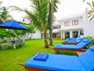 Galle Beachfront Luxury - Galle vacation rentals