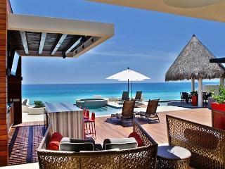 Casa Mateo, a sexy 5 bdrm villa with staff & services - San Jose Del Cabo vacation rentals