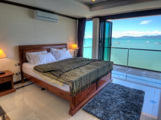 Beachfront apartment Fishermans Village - Bophut vacation rentals
