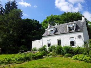 2 bedroom Cottage with Internet Access in Tyndrum - Tyndrum vacation rentals