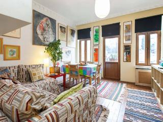 The Night Owl -second floor flat with balcony - Istanbul vacation rentals
