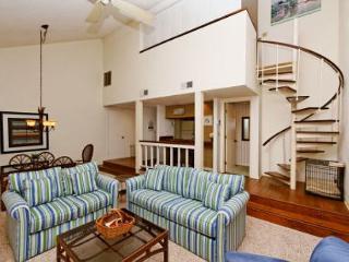 2nd Floor Pet Friendly 1BR + Loft/2BA Villa has New carpet and New Furniture - Hilton Head vacation rentals