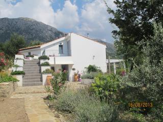 Casa Serena, stylish villa in Madonia mountains - Scillato vacation rentals