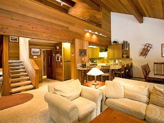 Tennis Village 9 - Deluxe Mammoth Rental - High Sierra vacation rentals
