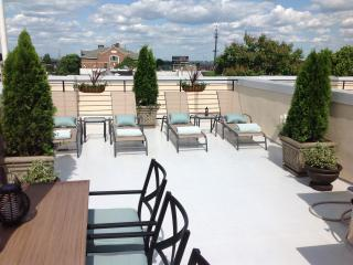 $89.nt per roorm Hosted Homestay, Philly Free Par - Philadelphia vacation rentals