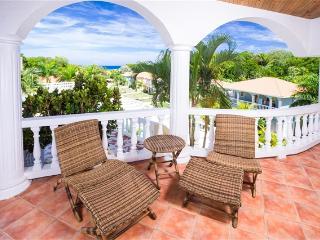 Villa Tranquila - Sunset Villa QUACKENB - West End vacation rentals