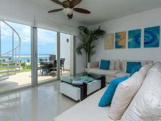Mareazul PH - Playa del Carmen vacation rentals