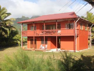 Matangi Moana (Ocean Breeze) beach front villa - Rarotonga vacation rentals