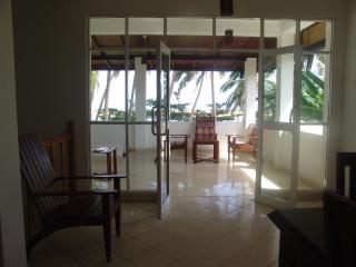 Nice Villa with Internet Access and Parking Space - Galle vacation rentals