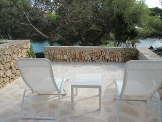 Apartment Charo. Next to beach. Pool. - Cala Ferrera vacation rentals