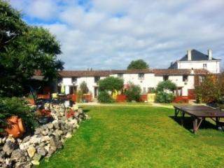 E Roche - Marennes vacation rentals