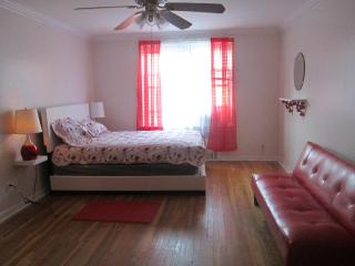 Cozy Forest Hills Apartment rental with Internet Access - Forest Hills vacation rentals