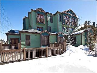 Take a Short Drive to Dining and Shopping - Community Outdoor Hot Tub (18017) - Utah Ski Country vacation rentals