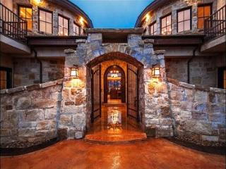 Stunning Views of Surrounding Mountains - Exquisite Design and Amenities (25156) - Park City vacation rentals
