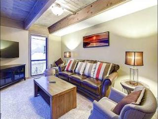 Great for Family Gatherings - Two Living Areas with Fire Places (25406) - Utah Ski Country vacation rentals