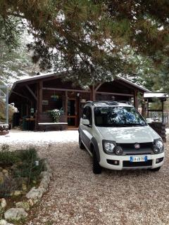 Romantic 1 bedroom Gite in L'Aquila with Deck - L'Aquila vacation rentals