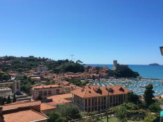 Appartamento Rubina - Lerici vacation rentals
