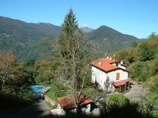 Nice Condo with Internet Access and Central Heating - Cutigliano vacation rentals
