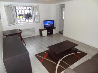 Appartement F1 meuble Blvd Strasbourg Le Havre - Le Havre vacation rentals