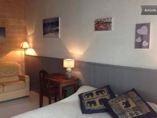 1 bedroom Bed and Breakfast with Internet Access in Ars-en-Re - Ars-en-Re vacation rentals