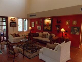 Gorgeous and Spacious 3 BR Villa in Dorado - Dorado vacation rentals