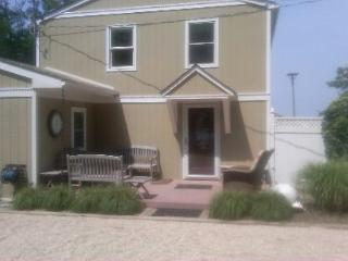 2BR Beach House, on the Beach Private Upscale kayaks Jacuzzi swimming vineyards The Dunes - Bellport vacation rentals