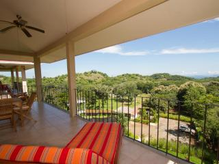 2 bedroom Condo with Internet Access in Conchal - Conchal vacation rentals