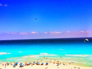 Beachfront Palace One Of The Best Views In Cancun - Cancun vacation rentals