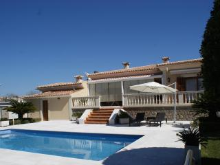 Spacious 4 bedroom Villa in Sa Cabaneta - Sa Cabaneta vacation rentals