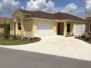Free golf 55 plus community The Villages FL - The Villages vacation rentals