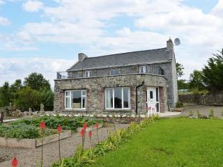 ARD BOULA, detached, open fire, pet-friendly, WiFi, near Tulla, Ref 912160 - Syke vacation rentals